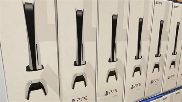 PS5新型号主机现身澳洲商店 底座螺丝无需螺丝刀